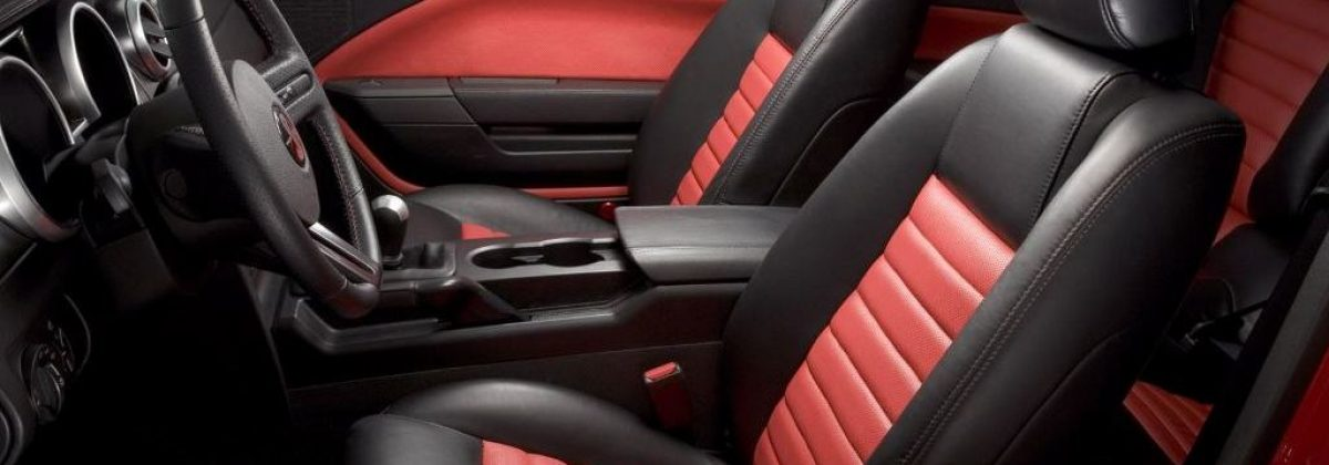 leather-vs-cloth-seats-min